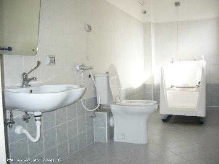 Clinica privata residenza assistita city residence teramo - Bagno assistito ...